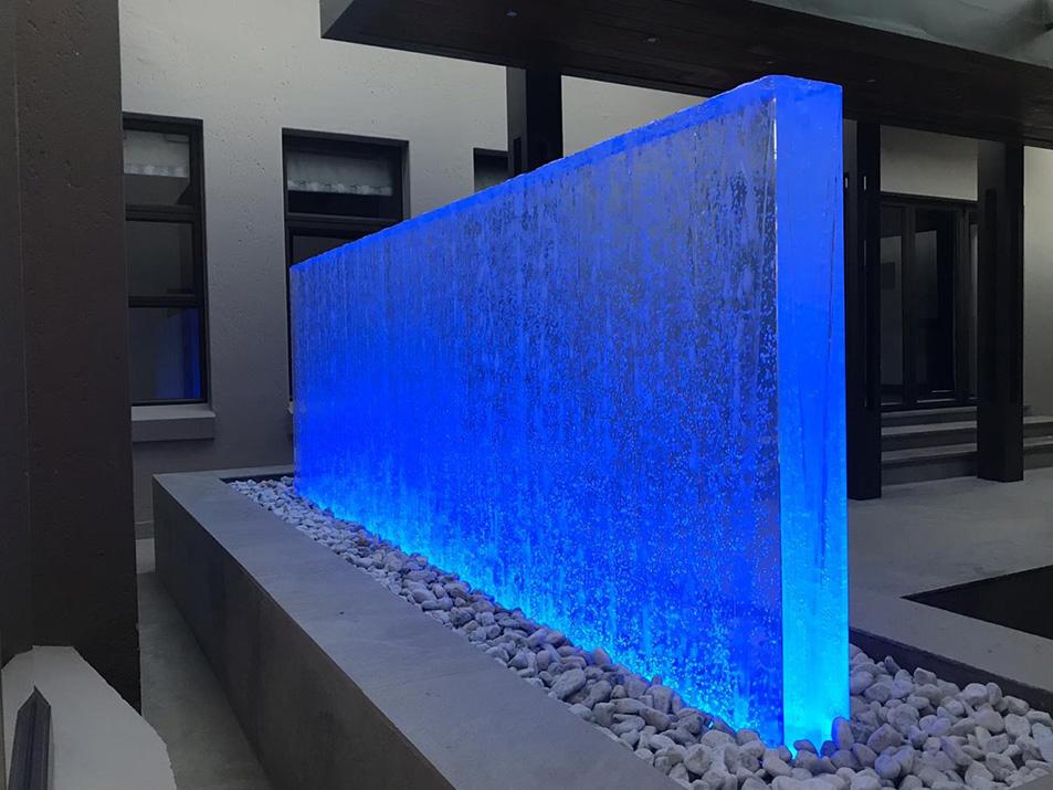 Bubble wall changing LED